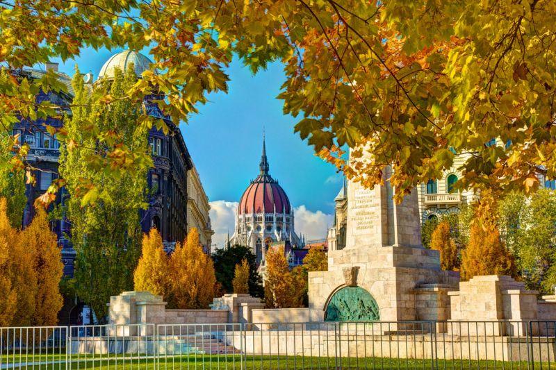 Гид  в Будапеште с автотранспортными услугами