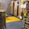 Пластиковое покрытие для пола в производственный цех завода